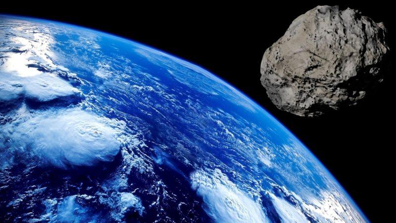 小惑星接近イメージ