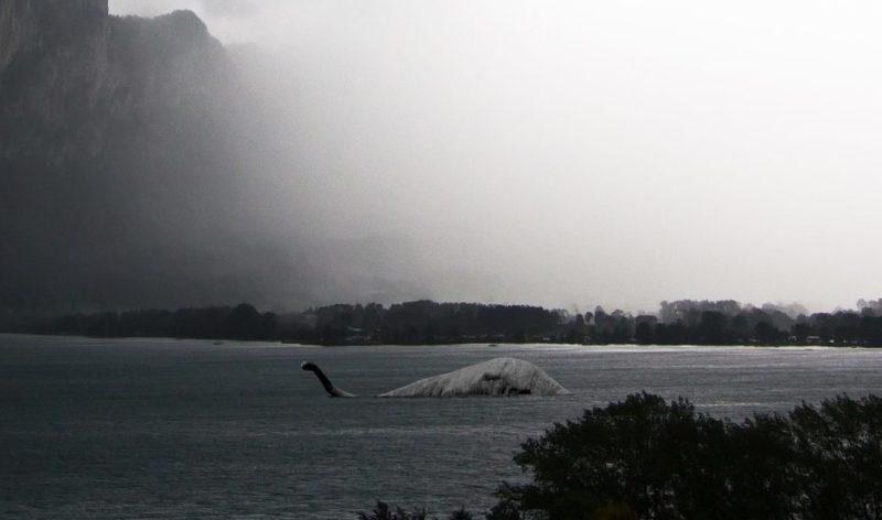 ネス湖の怪物イメージ